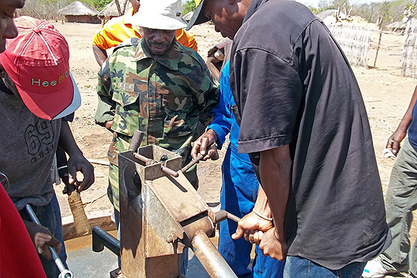 mozambique-well-training_1117