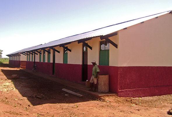 school well Africa