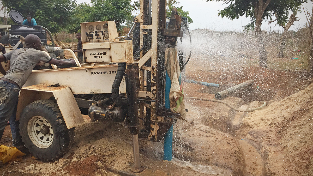 hitting water when drilling for a new well