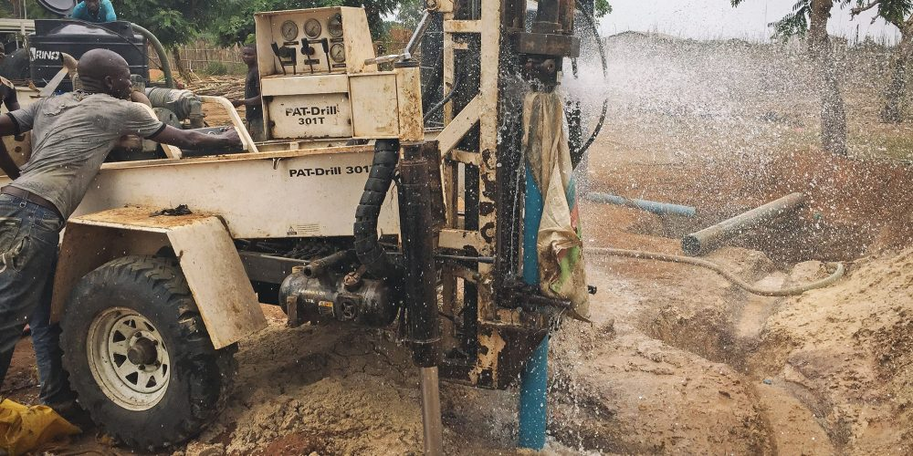 Vox well drilling, Mozambique